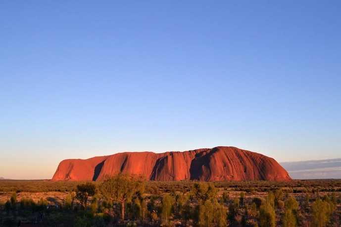 オーストラリアのおすすめの観光スポットにエアーズロック