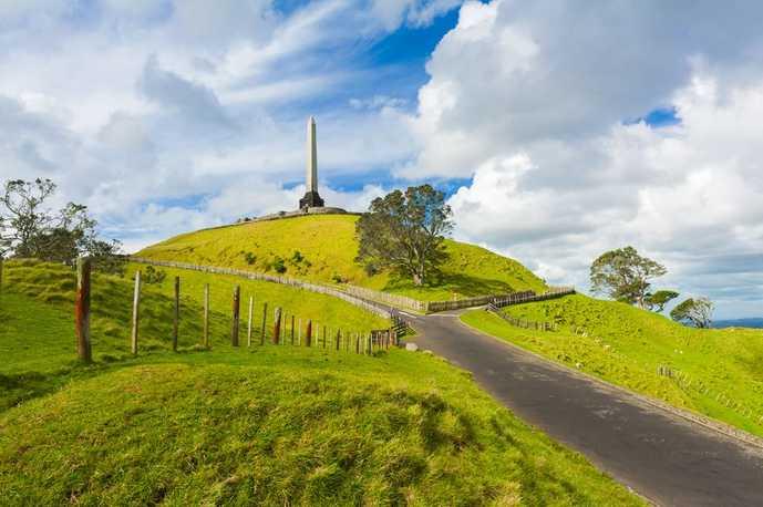 ニュージーランドのおすすめの観光スポットにワントゥリーヒル