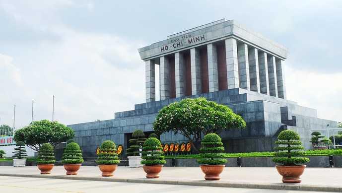 ベトナム・ハノイのおすすめ観光スポット「ホーチミン廟」