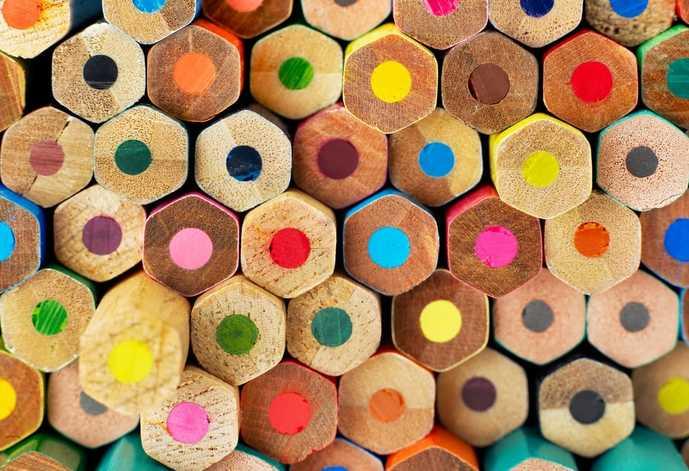 色鉛筆におすすめのメーカーを大公開