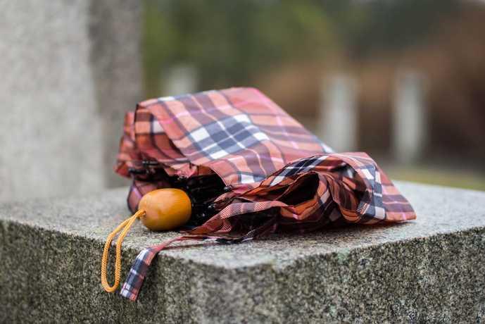 おしゃれな折りたたみ傘を大公開