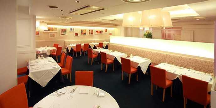 新宿デートで行きたい「ル・ビストロ資生堂」