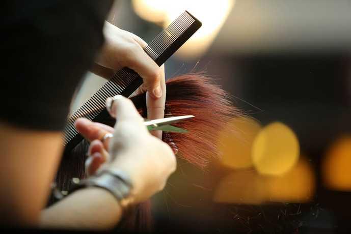 美容師ナンパで勤務形態をチェックする.jpg