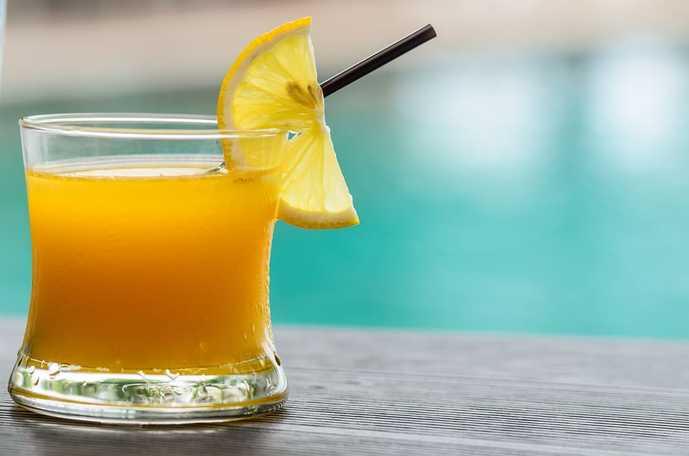 ウイスキーはジュース割りの飲み方もおすすめ