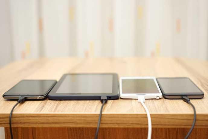 iPhoneに最適なモバイルバッテリーを使ってみて