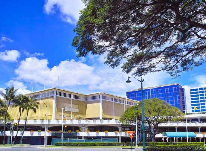 ハワイのおすすめショッピング観光スポット「アラモアナショッピングセンター」