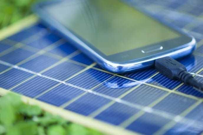 モバイルバッテリーの選び方で乾電池式か充電式かで選ぶ