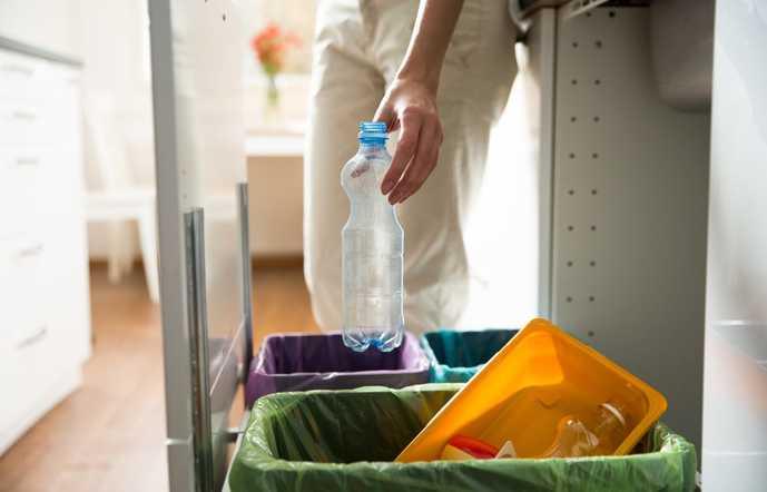 ゴミ箱のタイプには主に2種類ある