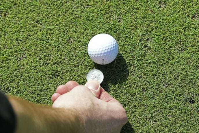 父の日のゴルフグッズプレゼントはマーカー.jpg