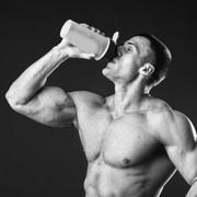 本当に美味しいプロテインを厳選。種類から効果的な飲み方まで徹底解説 | Smartlog