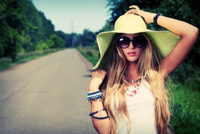 女性の夏デートファッション