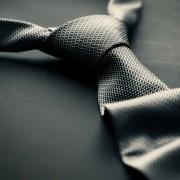 至高のネクタイおすすめブランド18傑。気品あふれるスーツ姿に。 | Smartlog