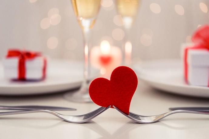 付き合う前 デート 誘い方
