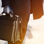 高級ビジネスバッグこそエリートの相棒。格が違うメンズブランド10傑 | Smartlog