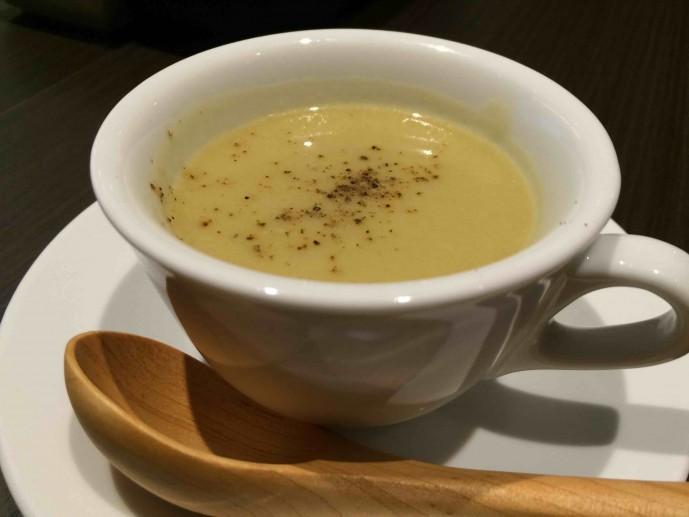 渋谷 ランチ スープ
