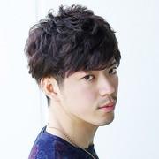 【アッシュブラウン】暗め明るめの髪色トーン別メンズヘアカタログ | Smartlog