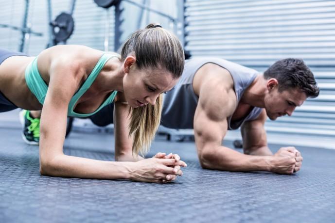 自重で行える効果的な体幹トレーニング1