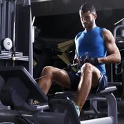 効果的に背筋を鍛えるシーテッドローイング。マシンのやり方&コツ | Smartlog