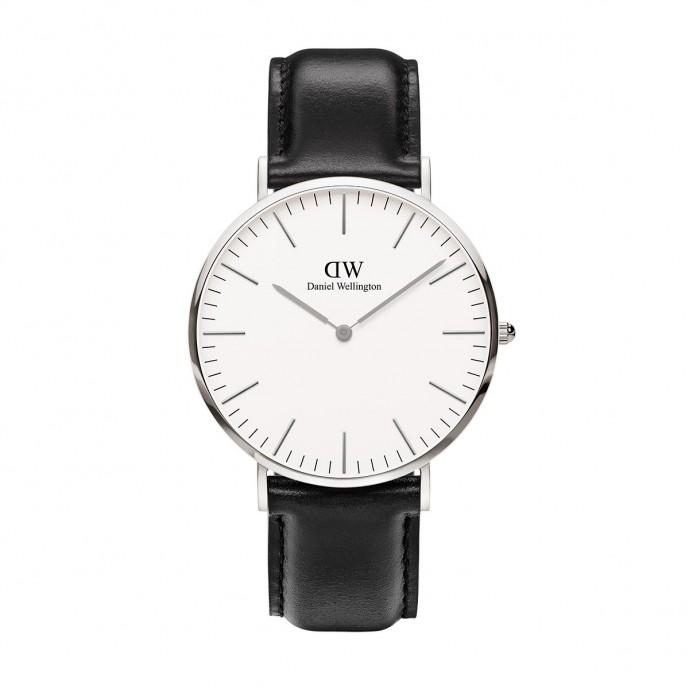 3万円以下おしゃれな腕時計にダニエルウェリントンのクラシックモデル(白文字盤)の
