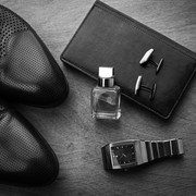 誇れる財布を手に入れたい。3万円台で買えるブランド長財布12選   Smartlog