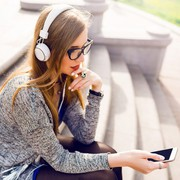 ノイズキャンセリングヘッドホンで雑音カット。優れたおすすめモデル8種類 | Smartlog