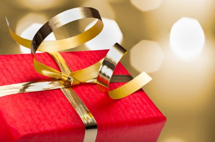 クリスマスに小銭入れをプレゼント