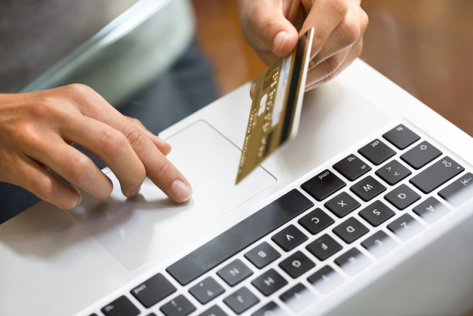 貯め方2. 日用品やプレゼント、インターネットで商品を購入する