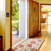 一人暮らし用のオシャレな玄関マット