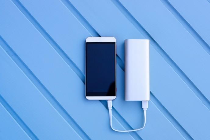 モバイルバッテリー容量と充電回数