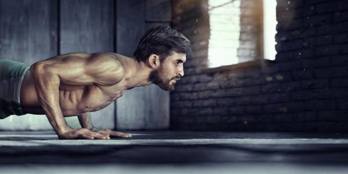 腹筋全体を効果的に鍛えられるスパイダークロールトレーニングのやり方