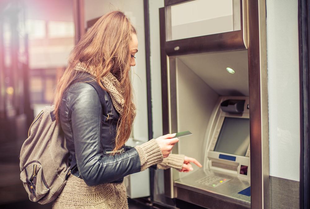 賢い使い方16. クレジットカードのキャッシング