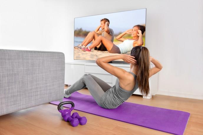 腹斜筋を鍛えるダンベルツイストの効果的なやり方