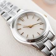 予算二万円の腕時計をクリスマスにプレゼント