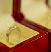 【予算2万円以内】クリスマスプレゼントで彼女・奥さんに贈りたい指輪3品 | Smartlog