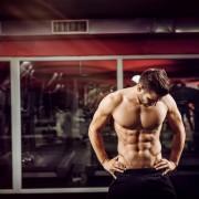 内側から強い肉体へ。腸腰筋を鍛えるべき理由&おすすめトレーニング方法 | Smartlog