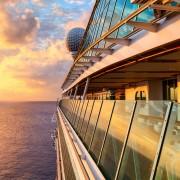 激安の世界一の豪華客船