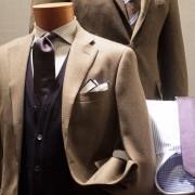 ヒューゴボスのスーツ