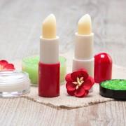 リップクリームのプレゼント集。女性におすすめの10ブランドとは | Smartlog