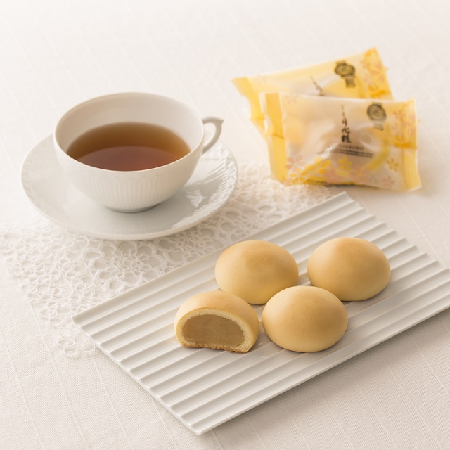 お礼のお菓子のおすすめは小分け包装された月化粧が人気