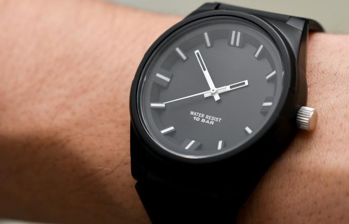ノットの腕時計