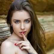 女性の浮気を見抜く方法