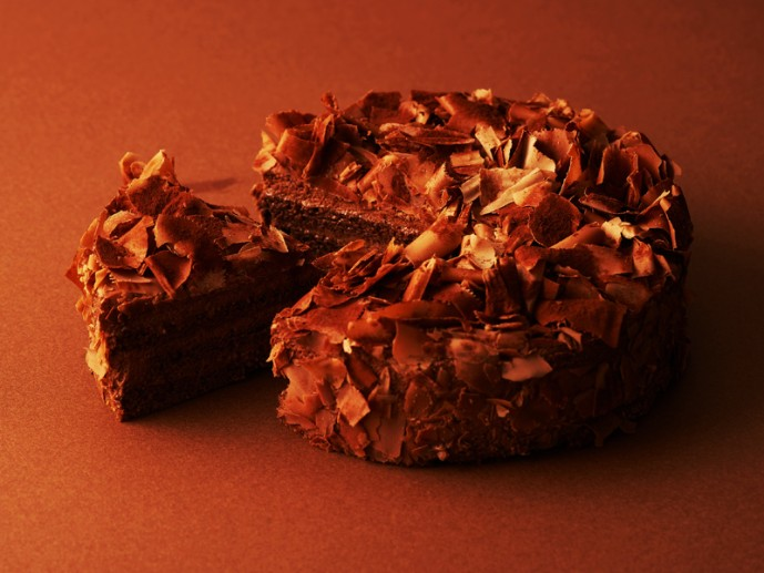 母の日のプレゼントにかにわしのチョコホールケーキ