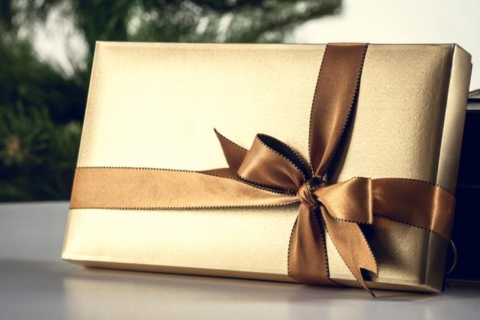 結婚祝いのプレゼントにカタログギフトを贈るのは失礼?