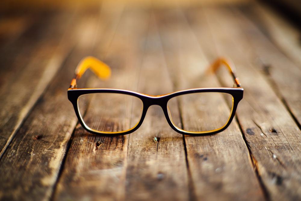 写真の時はメガネをかける