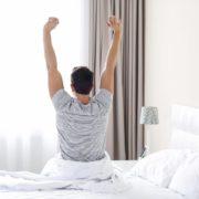 父の日はパジャマ&甚平をプレゼント。通年着れる快適な部屋着を厳選 | Smartlog