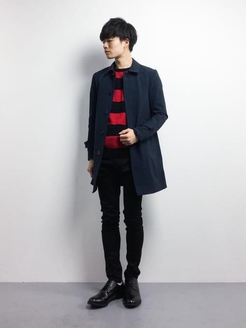 ステンカラーコートとチェック柄の着こなしコーデ