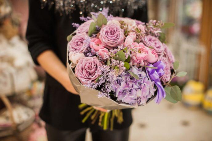 母の日ギフトは花束をプレゼント