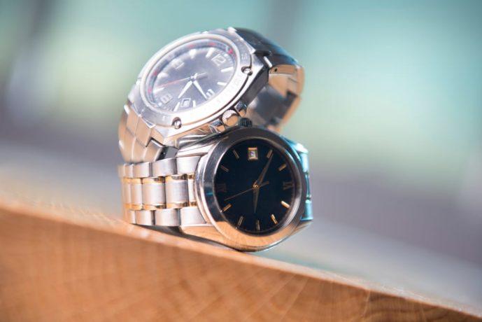 両親へのプレゼントはペア腕時計