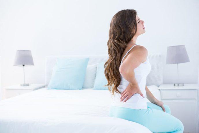生理痛で悩む女性